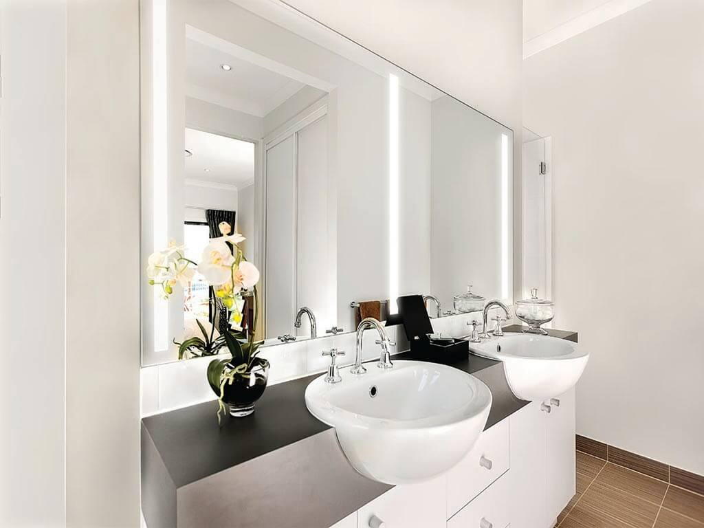 Premium mirrors in Doha Qatar
