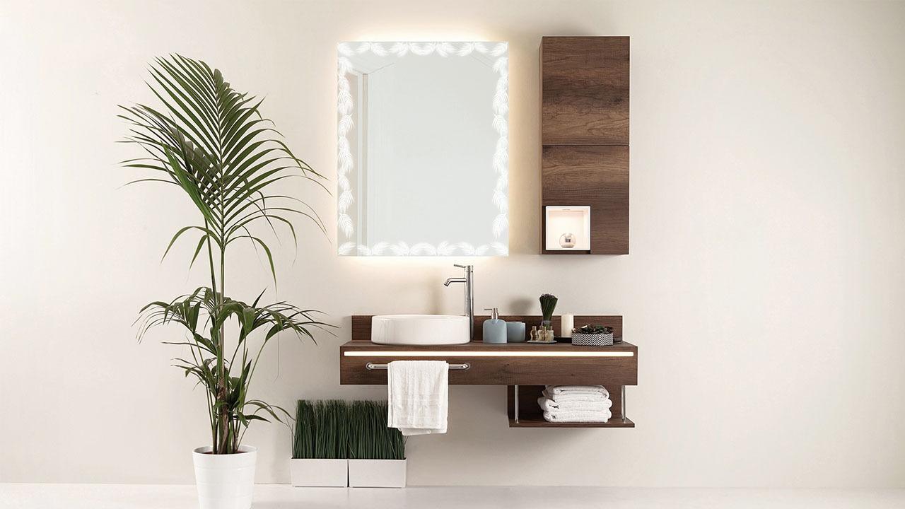 Calm bathroom mirror