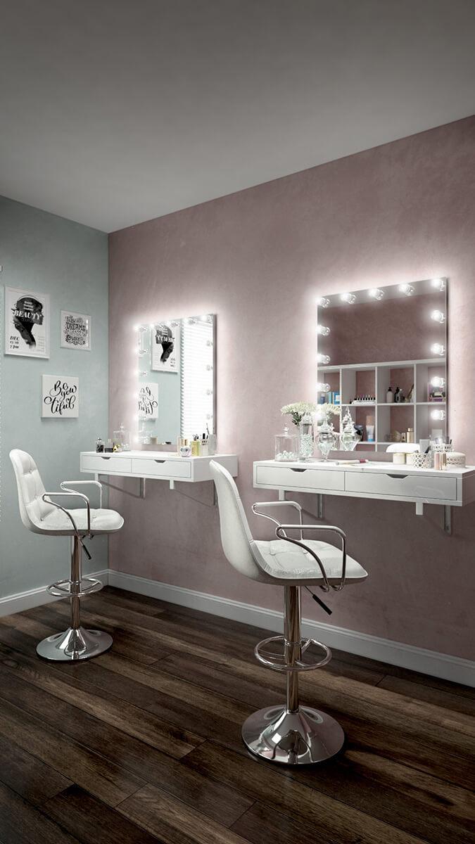 Sleek chic mirror