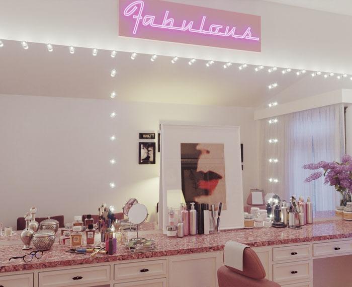 Hollywood glamorous mirror